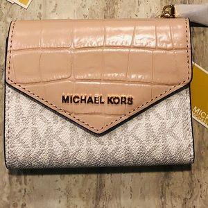 Michael Kors Wallet in SOFT PINK